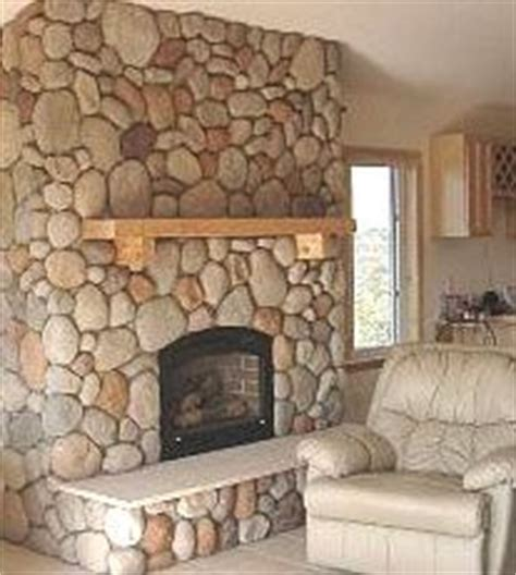River Rock Veneer Fireplace by 1000 Images About Rock Fireplace Ideas On