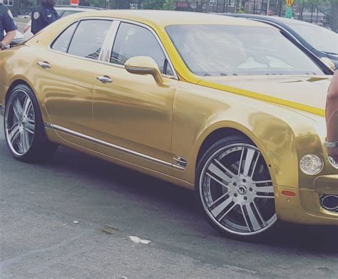 50 Cent Bentley 50 Cent Makes Appearance At Ny Liquor Store For