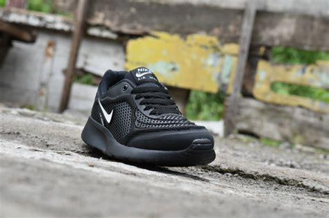 Sepatu Merk Next sepatu sekolah warna hitam merk nike model terbaru