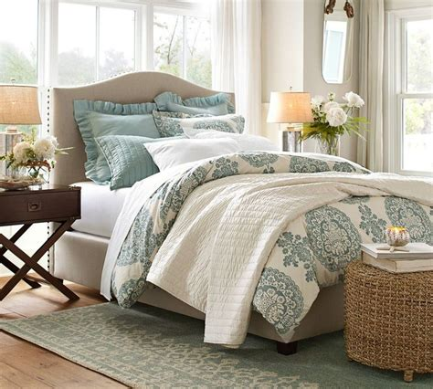 pottery barn queen bed how to choose the right size rug for a queen bed diy
