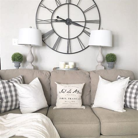 farmhouse living room decorating with white sofa and 17 best ideas about farmhouse living rooms on pinterest