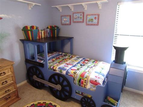 best 25 thomas the tank bed ideas on pinterest thomas