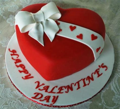 valentines day cakes 25 best ideas about shaped cakes on
