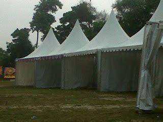 Meja Rias Pekanbaru sewa tenda dan rias pelaminan 081266124447