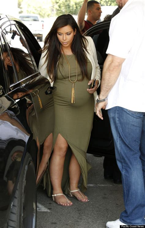 pregnancy styles for young moms kim kardashian s maternity clothes are finally starting to