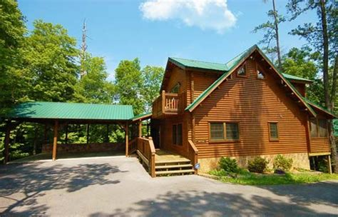 5 Bedroom Cabins In Pigeon Forge by Bears Den 5 Bedroom Luxury Cabin With Homeaway