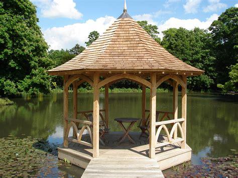 Landscape Structures Uk Garden Buildings Structures And Bespoke Garden Features