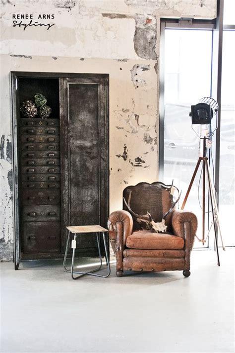how to wear vintage for vintage industrial style pareja de sillones vintage de una cazachollos