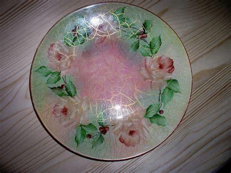 fiori decoupage piatto in vetro con craquel 233 e fiori il mio decoupage