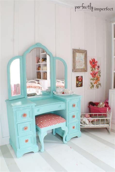 Painted Bedroom Vanity Ideas by Best 25 Painted Vanity Ideas Only On Vintage