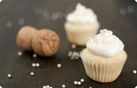 new year cupcake recipe new year s chagne cupcakes cupcake monday the