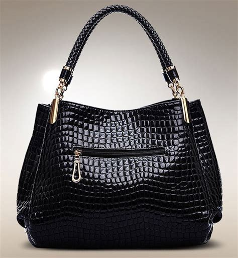 Tas Kulit Wanita Tas Kulit Asli ciri tas kulit asli dengan yang palsu atau kw jual
