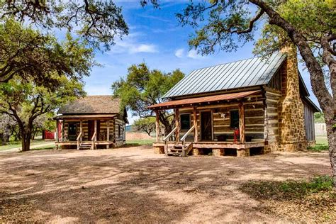 Beautiful Fireplaces bed amp breakfast luxurious antique cabins ox ranch