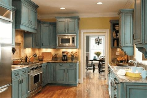 can you use chalk paint on kitchen cabinets how to paint kitchen cabinets with chalk paint to look antique