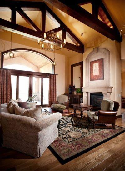 sensational great rooms with vaulted ceilings decorating декор высоких потолков в квартире фото дизайна интерьеров