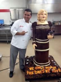 betty white cake boss creates life size cake of golden girls star huffpost