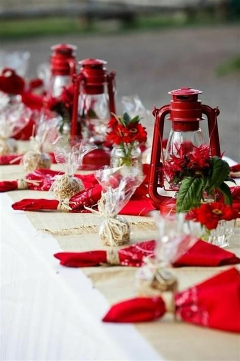 Tischdeko Zu Weihnachten Ideen by 42 Faszinierende Tischdekoration Ideen In Rot Archzine Net