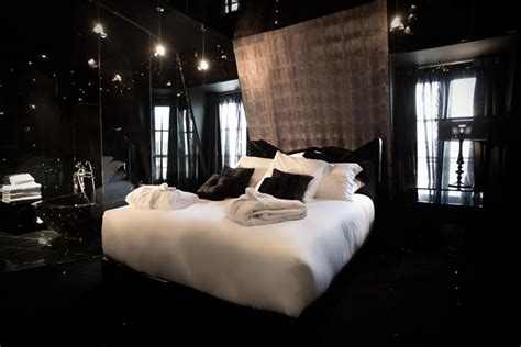 black and room black hotel room