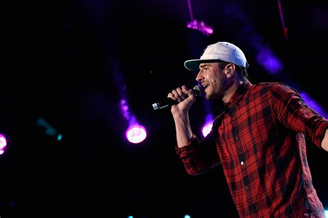 house party country song sam hunt premieres house party music video sounds like nashville
