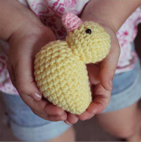 crochet pattern for yellow duck crochet patterns the little yellow duck project
