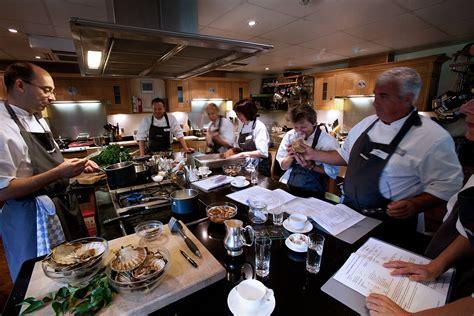 new school of cooking cooking school