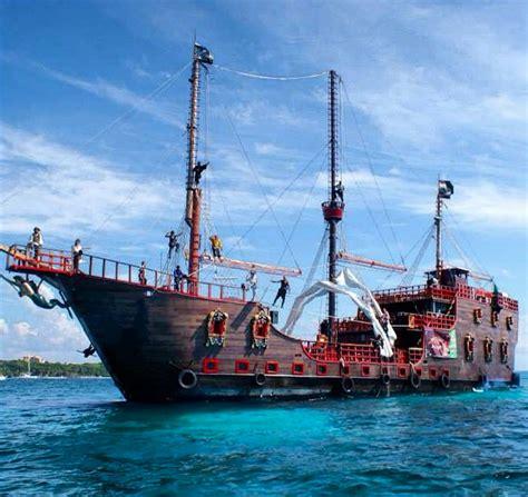barco pirata acapulco pirate ship jobs pirate show cancun