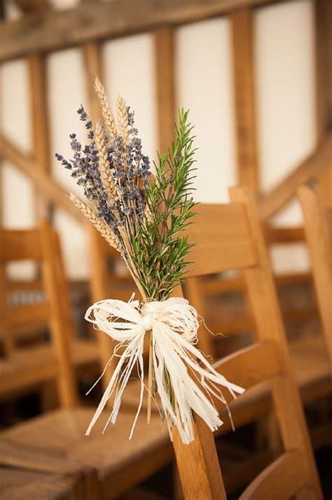 Gate Street Barn Wedding   A Rustic Winter Barn Wedding