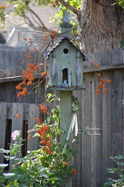 prim garden on pinterest bee skep birdhouses and 17 best images about birdhouse and bee skeps on pinterest