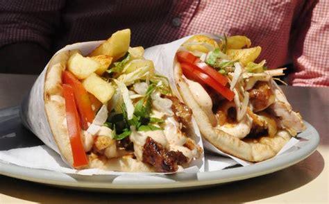 cucina greca pita grecia 18 piatti per festeggiare l europa che non va in