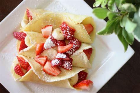 lovely little kitchen strawberry banana crepes lovely little kitchen
