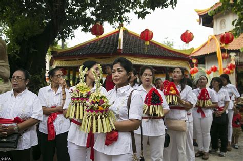 new year traditions in indonesia the year of the celebrate 2018 lunar new year