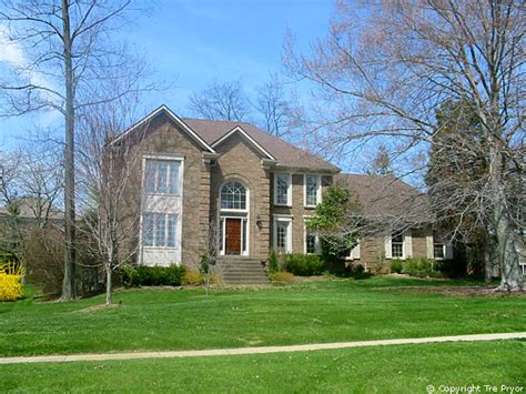 homes for sale in lake forest
