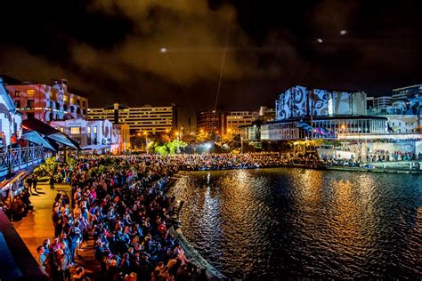 new year 2015 wellington fireworks mjf lighting new year s wellington waterfront