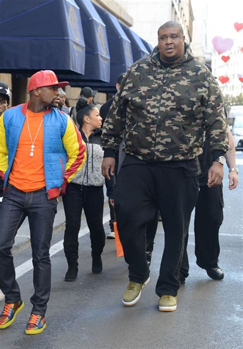 Is To Bodyguard by You Seen The Size Of Floyd Mayweather S