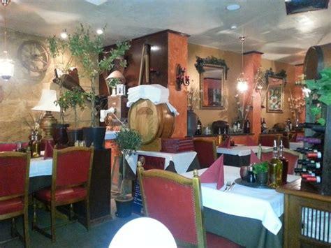 dunkler speisesaal der speisesaal ein bisschen dunkel aber daf 252 r romantisch