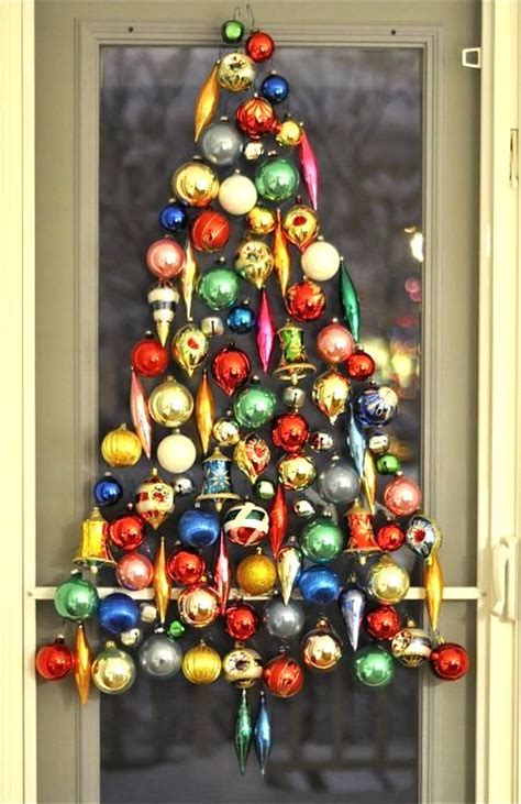 classic christmas tree ornaments wall tree ideas top 20 for 2012