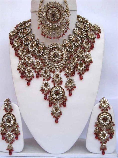 Bridal Jewellery by Indian Bridal Jewellery Uk