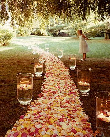 Small Wedding No Aisle by Do It Yourself Weddings Diy Aisle And Altar Flowers