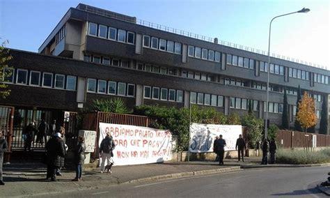 ufficio delle entrate bologna firenze occupano ex agenzie delle entrate di via panciatichi