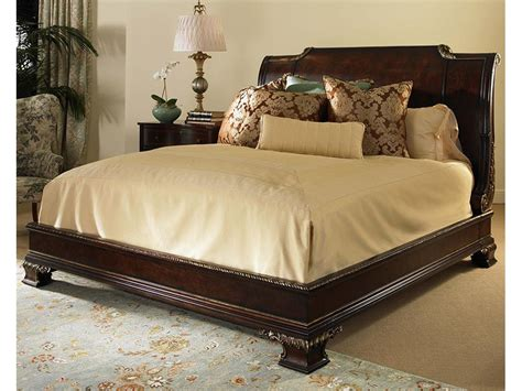 Century Furniture Bedroom Platform Bed With Bun Foot And Veneer Headboard King Size 6