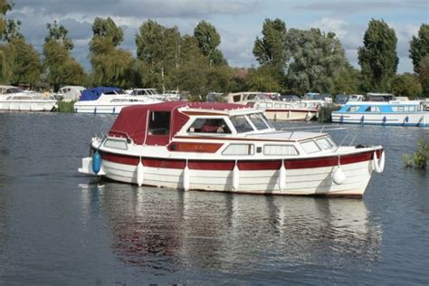 Boats With Cabins For Sale by 27 Aft Cabin Boats For Sale At Jones Boatyard