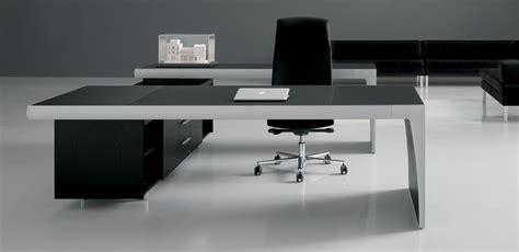 Executive Armchair La Mercanti Delivers Italian Office Furniture In Tunisia