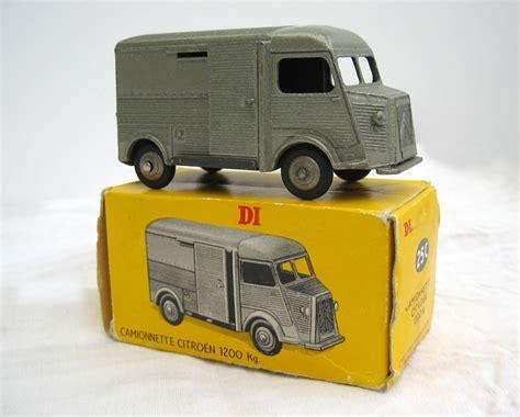Miniatur Bis Liverpool dinky toys