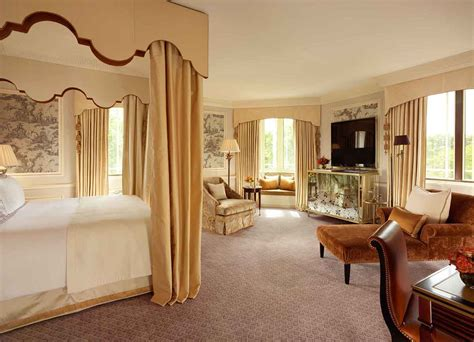 St Biverly Ceruty White 1 the best luxury hotels in