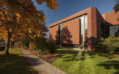 Of Oregon Mba Salary by Willamette Mba Ranked By Forbes