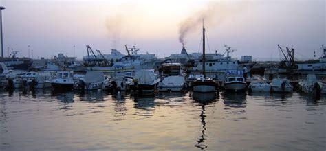 mari e venti porto torres isola di sardegna costa ovest