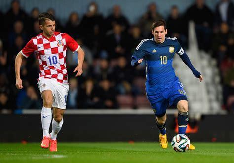 Argentina Và Croatia Lionel Messi In Argentina V Croatia Zimbio