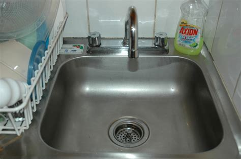 Office Kitchen Sink You Lived In A Doctor S Office
