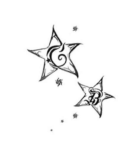 tatuaggi stelle con lettere dentro initials tattoos and on