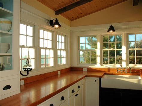 Coastal Cottage Kitchen Design Cottage Kitchen Decor The Home Design White For Easy Yet Cottage D 233 Cor Ideas